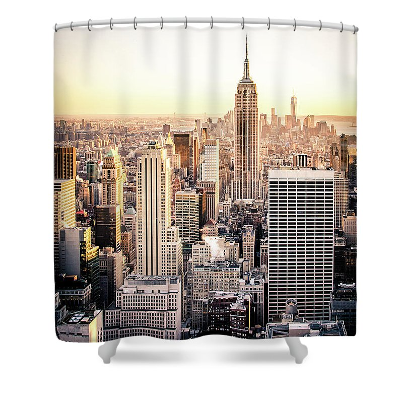Nyc Shower Curtain featuring the photograph Manhattan by Michael Weber