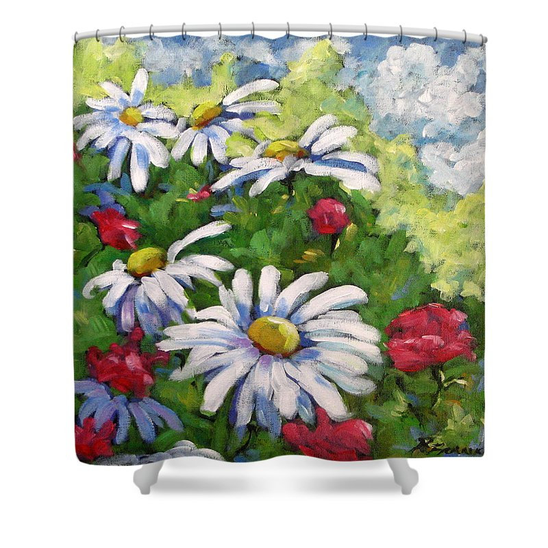 Daysy Shower Curtain featuring the painting Marguerites 002 by Richard T Pranke