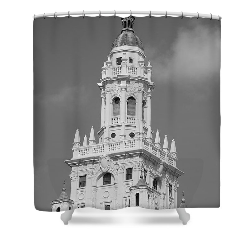 Architecture Shower Curtain featuring the photograph Miami Tower by Rob Hans