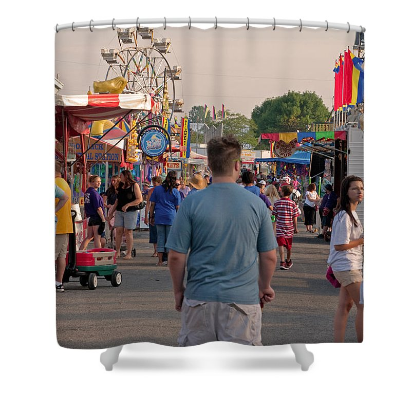 Fair Shower Curtain featuring the photograph Midway by Paulette B Wright