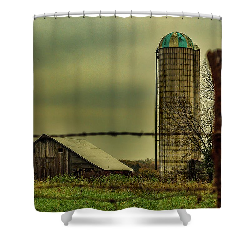Barn Shower Curtain featuring the photograph Midwest Barn by Scott McKay