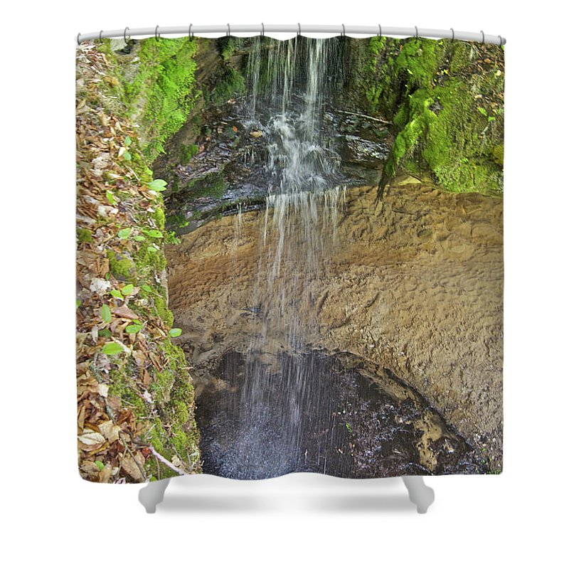 Mna Memorial Falls Shower Curtain featuring the photograph Mna Memorial Falls by Michael Peychich