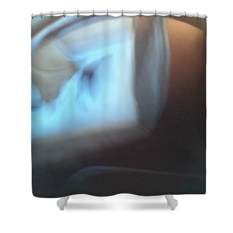 Tea Shower Curtain featuring the photograph Morning Reflections 41163 by Joseph Lane
