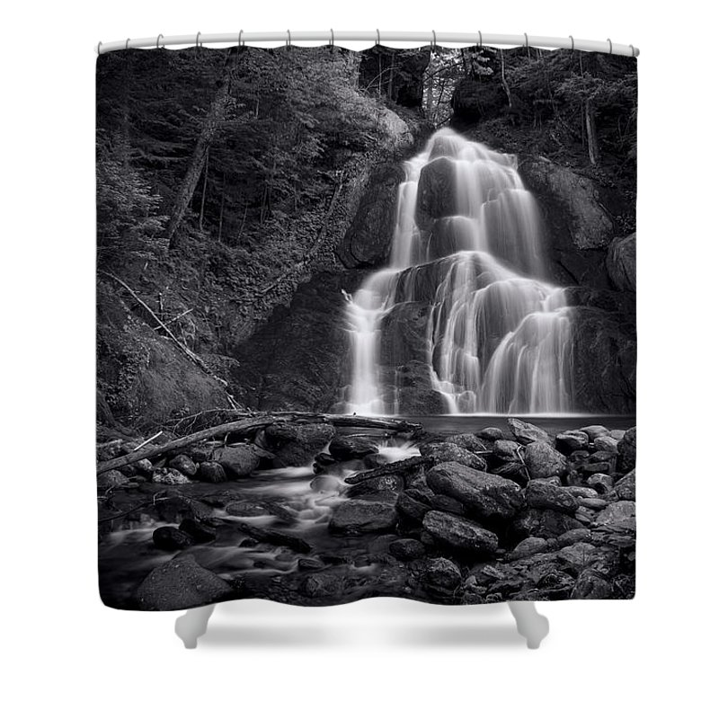 Niagra Falls Photographs Shower Curtains