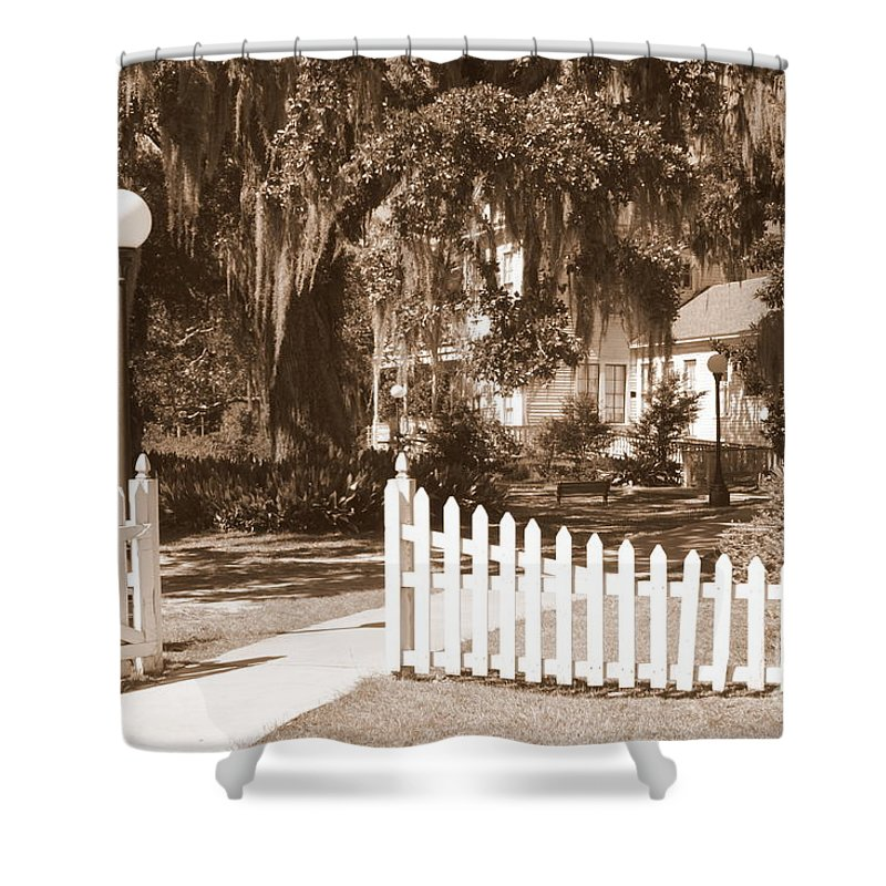 Picket Fence Shower Curtain featuring the photograph Mossy Live Oak And Picket Fence by Carol Groenen