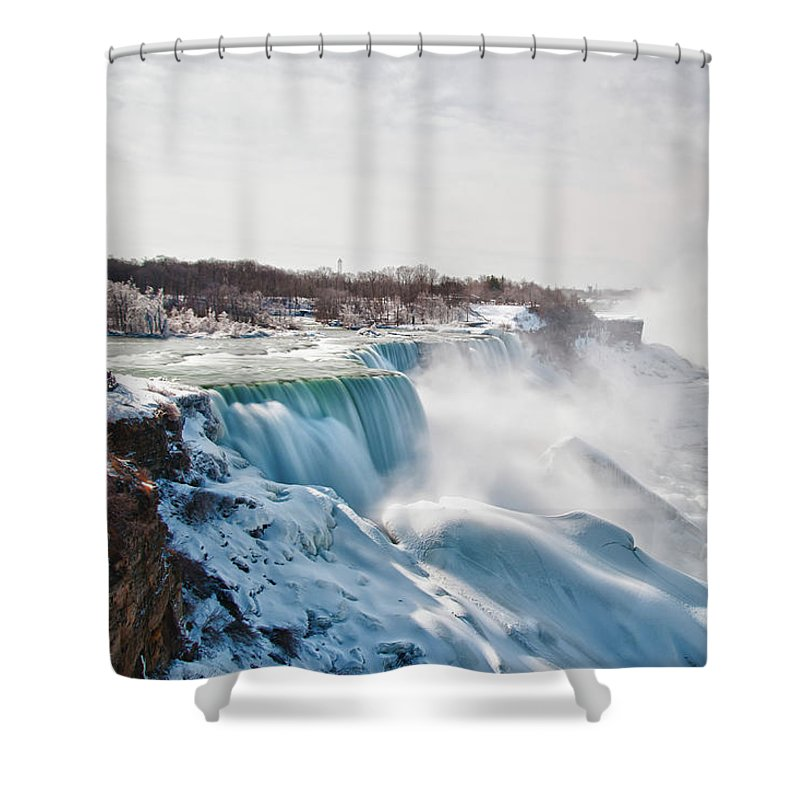 Niagara Falls Shower Curtain featuring the photograph Niagara Falls 4589 by Guy Whiteley