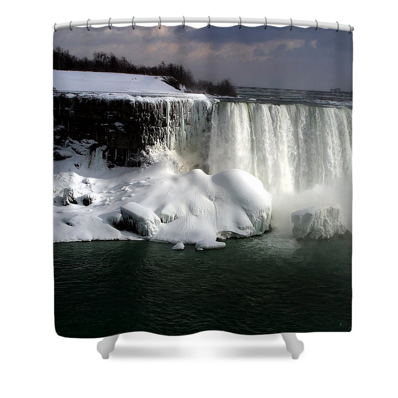 Landscape Shower Curtain featuring the photograph Niagara Falls 6 by Anthony Jones