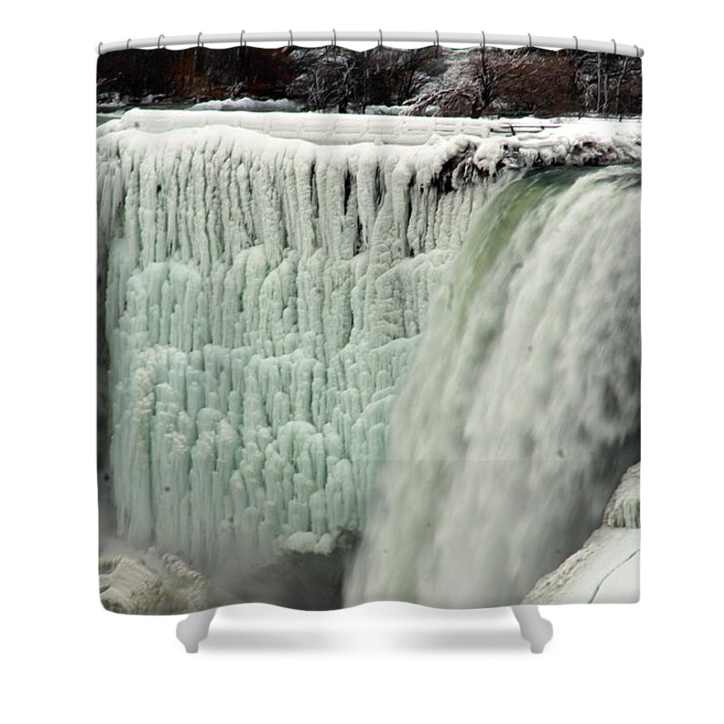 Landscape Shower Curtain featuring the photograph Niagara Falls 7 by Anthony Jones