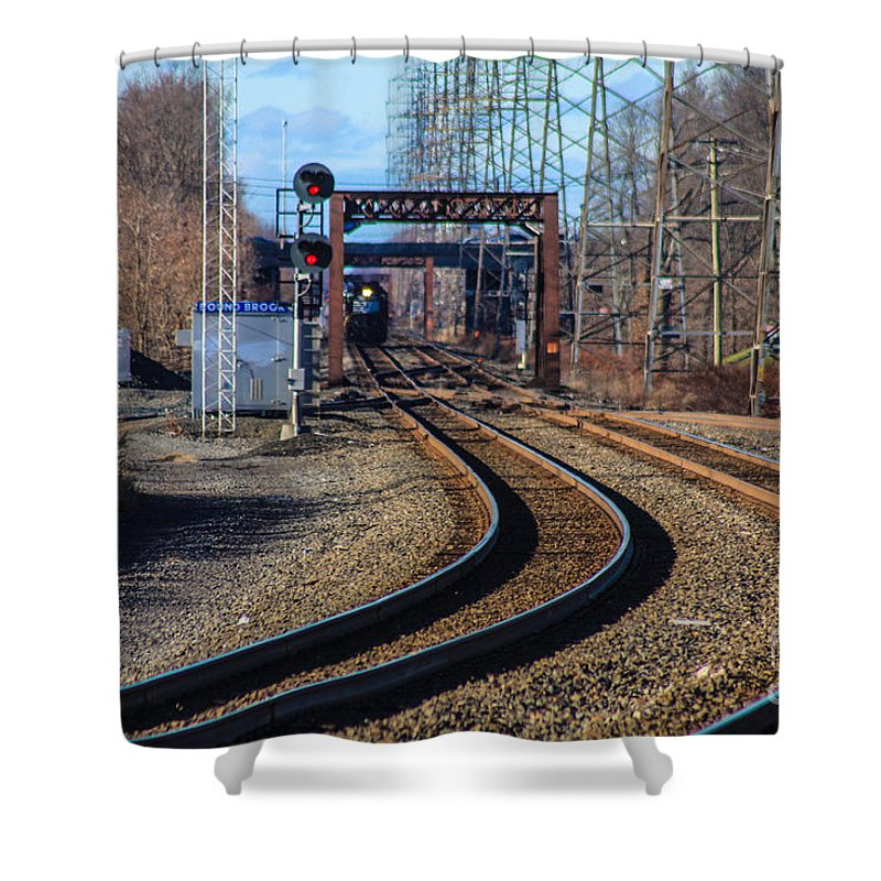 This Is A Photo Of The Norfolk Southern Engine 5664 Shower Curtain featuring the photograph Norfolk Southern Engine 5664 by William Rogers