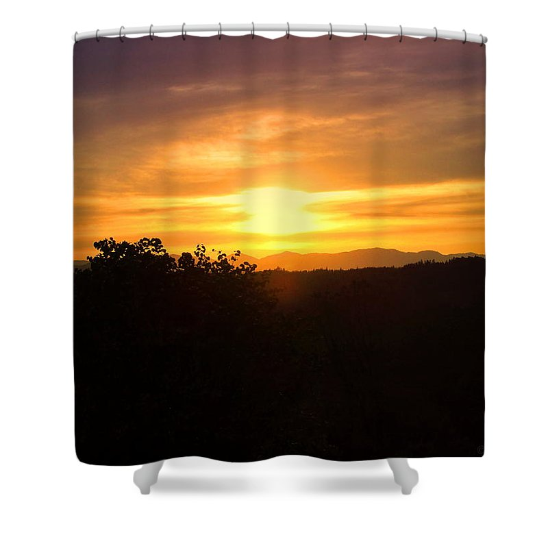 Oakrun Shower Curtain featuring the photograph Oakrun Sunset by Joyce Dickens
