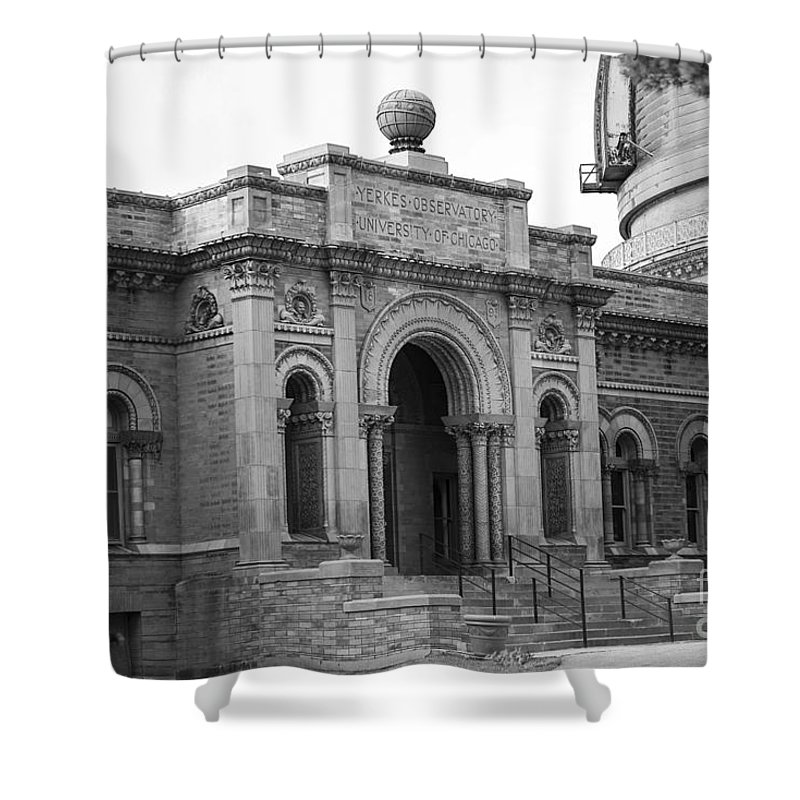 Williams Bay Shower Curtain featuring the photograph Observatory In Williams Bay by David Bearden