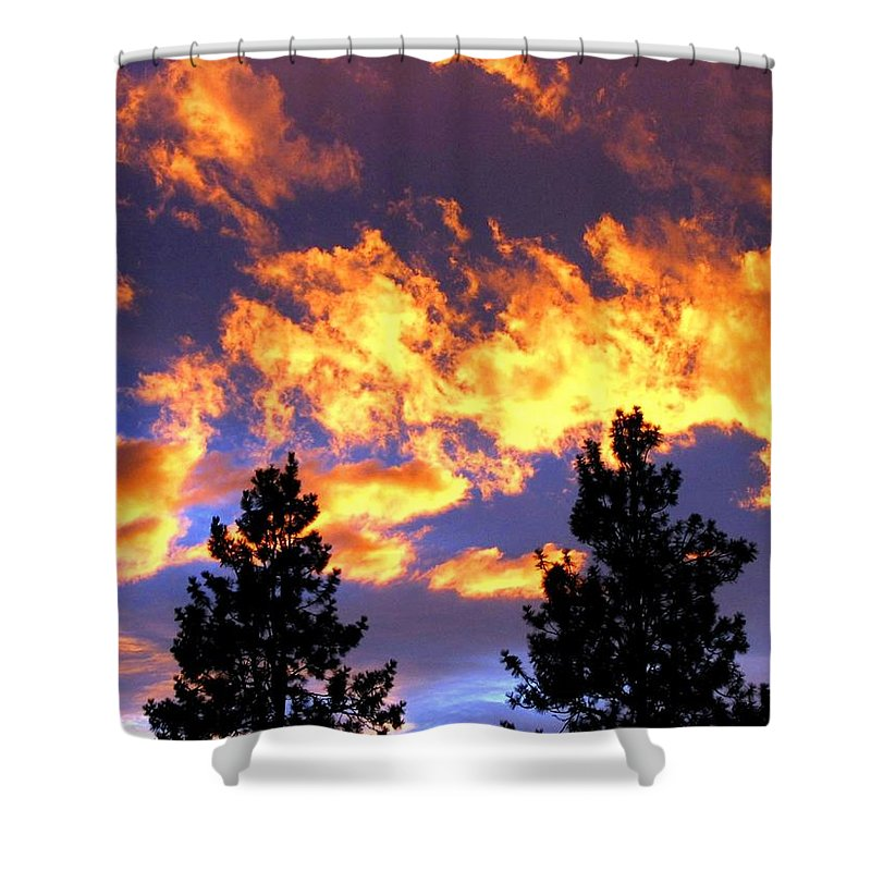 Sunset Shower Curtain featuring the photograph Okanagan Sunset by Will Borden
