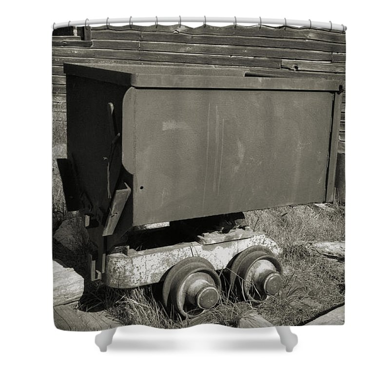 Ore Cart Shower Curtain featuring the photograph Old Mining Cart by Richard Rizzo