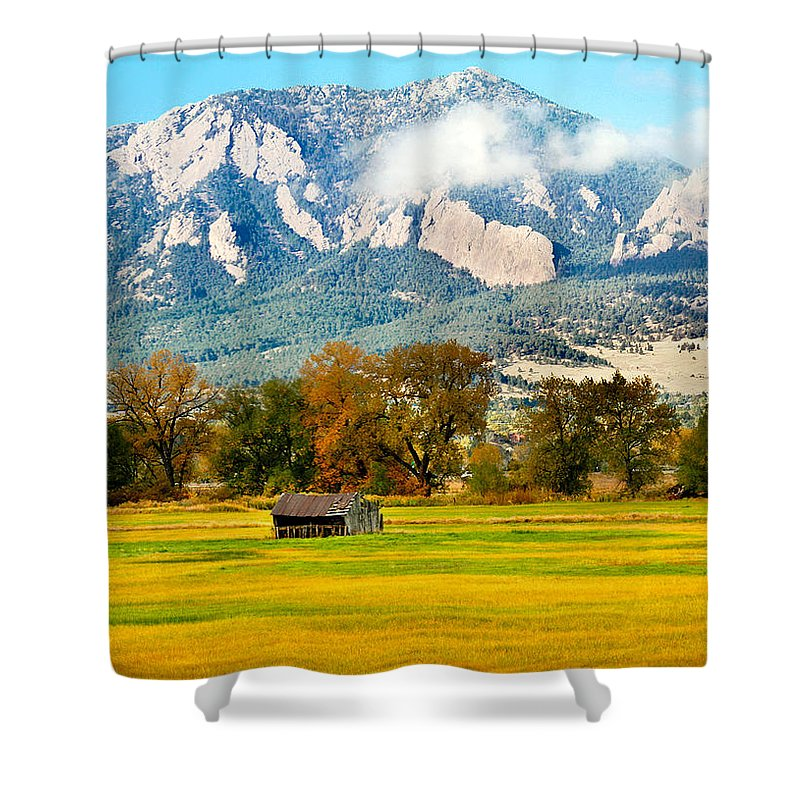 Rural Shower Curtain featuring the photograph Old Shed by Marilyn Hunt
