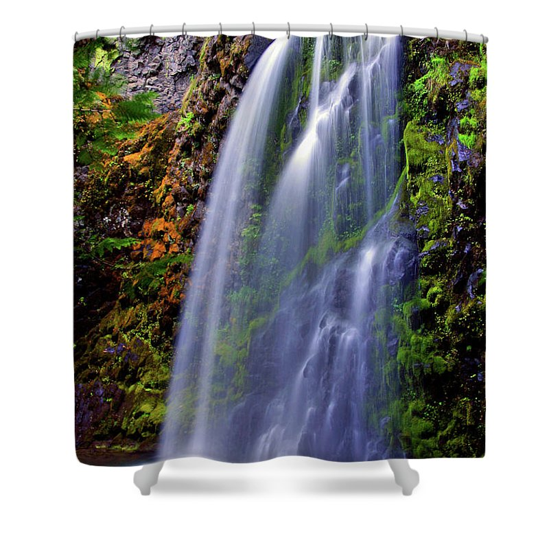 Waterfalls Shower Curtain featuring the photograph Oregon Falls by Scott Mahon