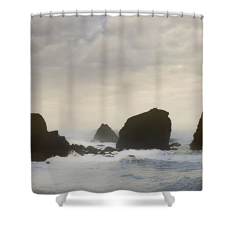 Ocean Shower Curtain featuring the photograph Pacifica Surf by John Hansen