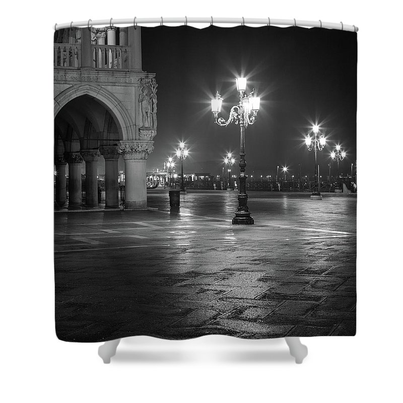 Italy Shower Curtain featuring the photograph Palazzo Ducale by Chris Beard
