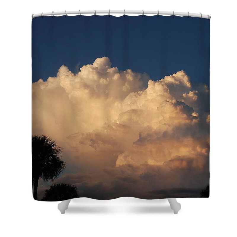 Clouds Shower Curtain featuring the photograph Paradise by Rob Hans
