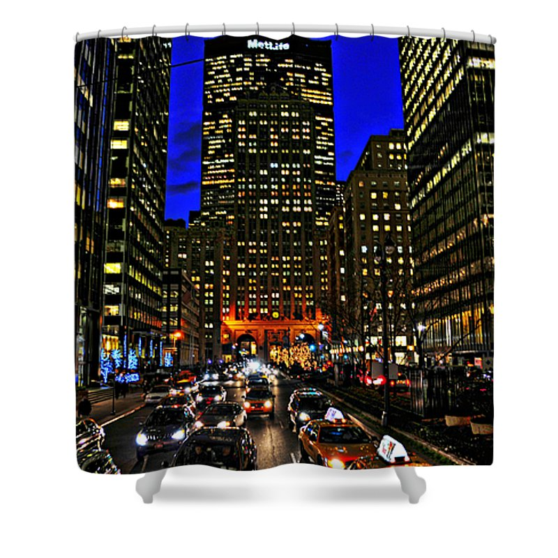 Park Avenue Shower Curtain featuring the photograph Park Avenue At Night by Randy Aveille
