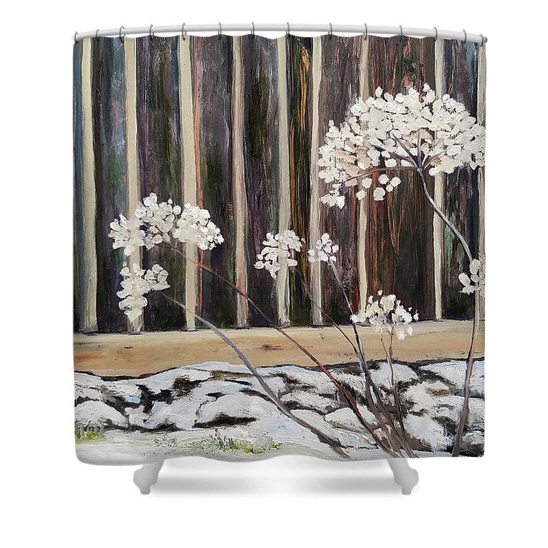Hydrangea Shower Curtain featuring the painting Persistence by Susan E Hanna