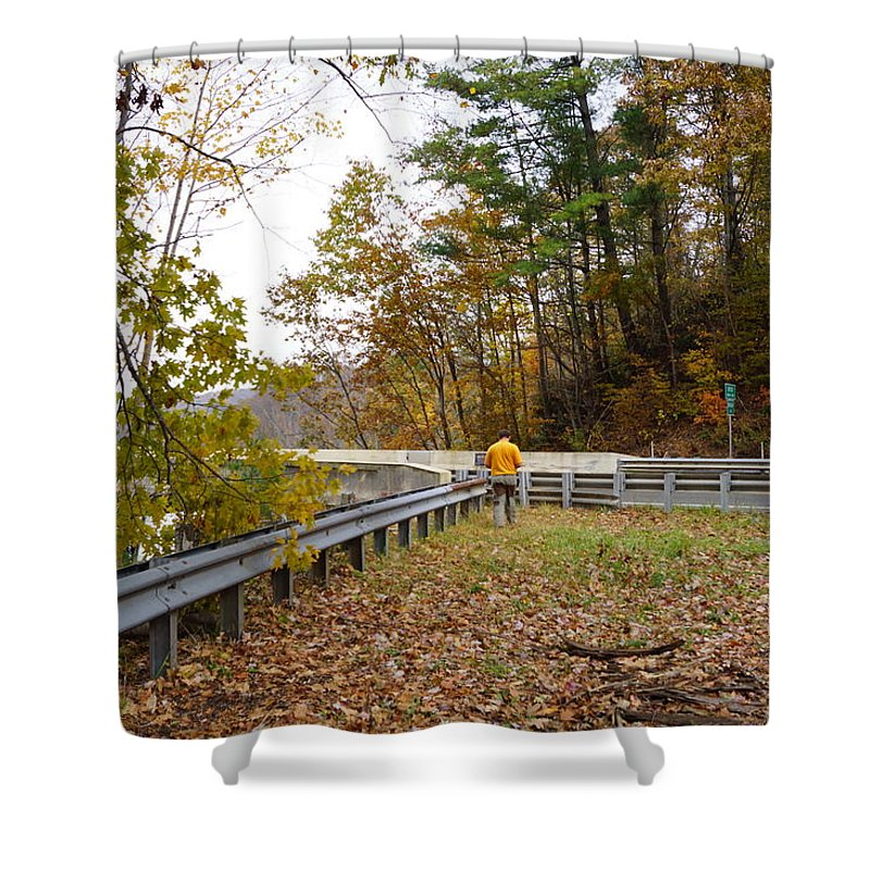 Fall Foliage Shower Curtain featuring the photograph Photographing Scenery by Phyllis Dabbs