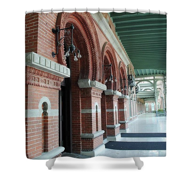 Unviersity Of Tampa Shower Curtain featuring the photograph Plant Hall by Jost Houk
