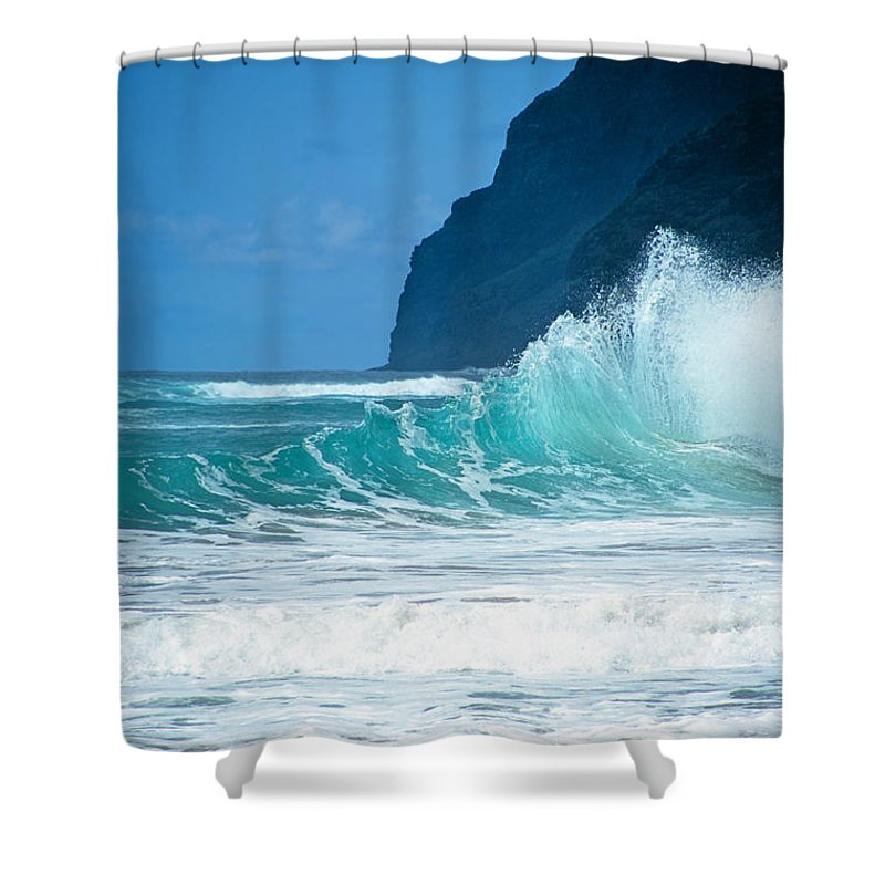 Polihale Beach Shower Curtain featuring the photograph Polihale Beach by Kevin Smith