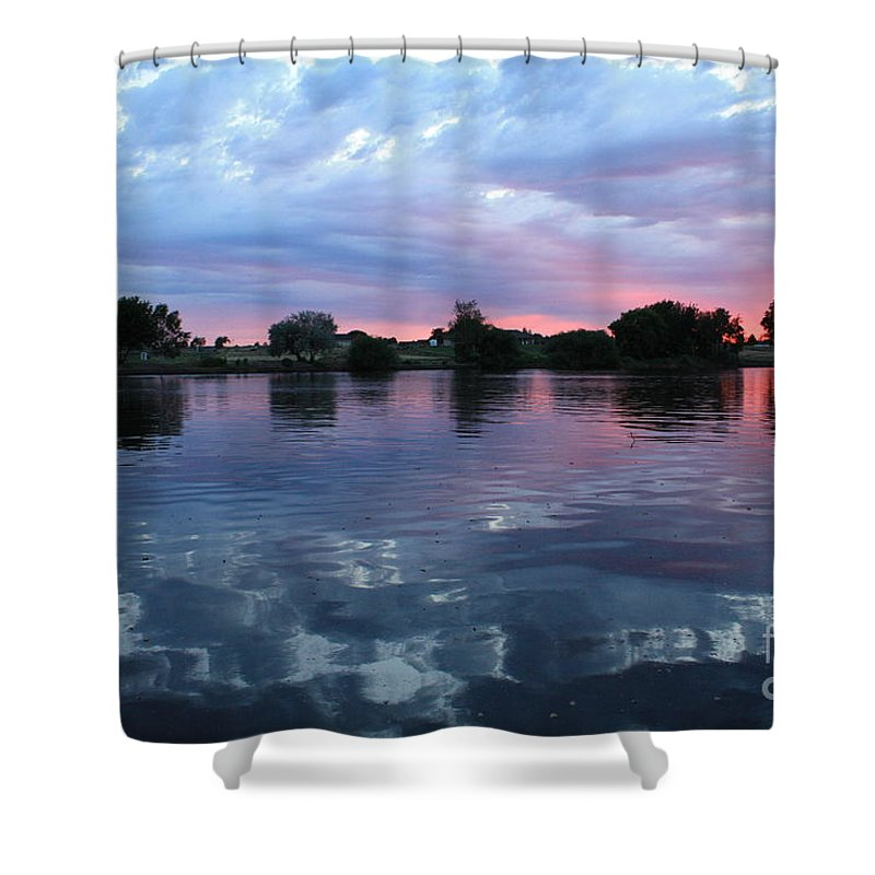 Sunset Shower Curtain featuring the photograph Prosser Pink Sunset 5 by Carol Groenen