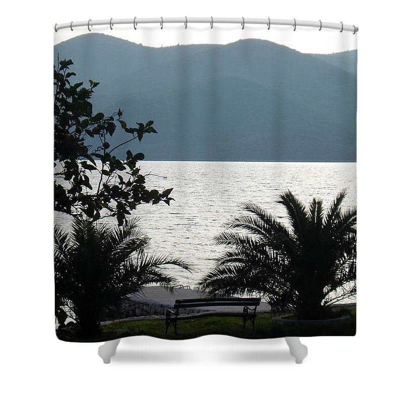 Quiet Time Shower Curtain featuring the photograph Quiet Time by Linda De La Rosa