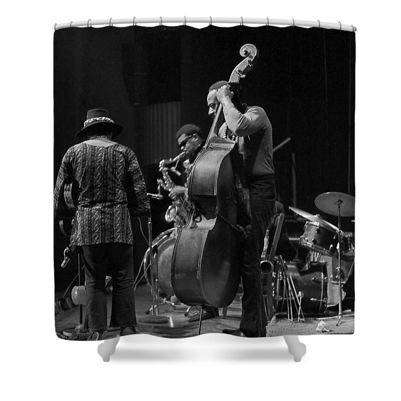Rahsaan Roland Kirk Shower Curtain featuring the photograph Rahsaan Roland Kirk 2 by Lee Santa