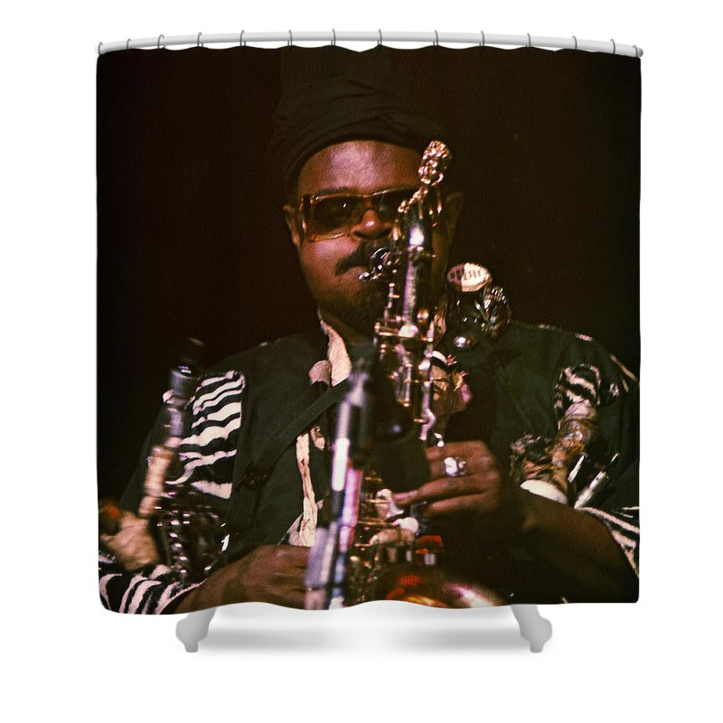 Rahsaan Roland Kirk Shower Curtain featuring the photograph Rahsaan Roland Kirk 3 by Lee Santa