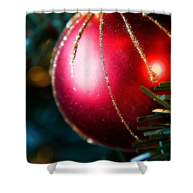 Red Shower Curtain featuring the photograph Red Shiny Ornament by Marilyn Hunt