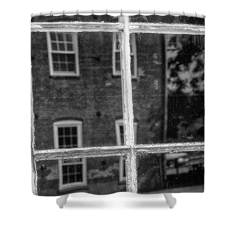 Monochrome Shower Curtain featuring the photograph Reflecting History by Mike Cox