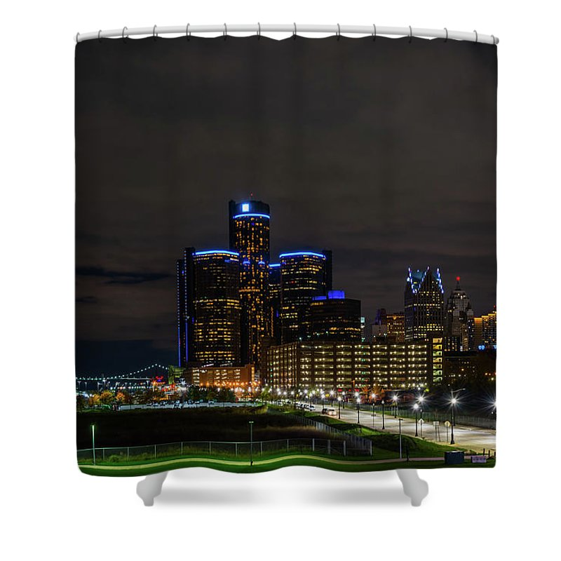 Detroit Shower Curtain featuring the photograph Renaissance At Night by Michael Tucker