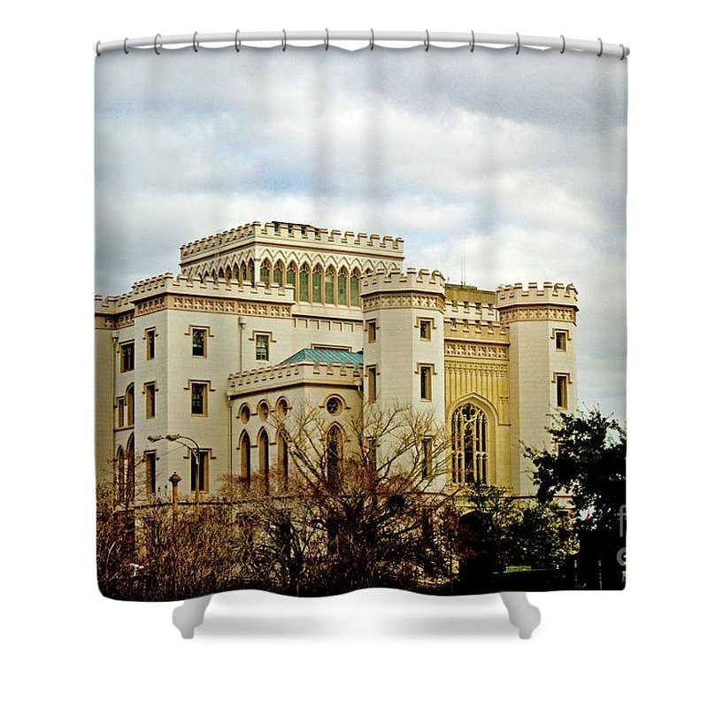 State Capitol Shower Curtain featuring the photograph River Castle by Scott Pellegrin