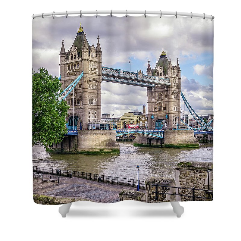 Bridge Shower Curtain featuring the photograph River Thames by Geoff Eccles