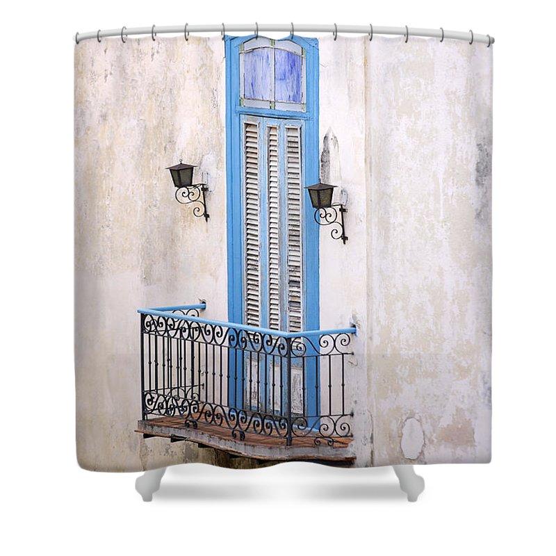 Urban Shower Curtain featuring the photograph Romeo Y Julieta Juliet by Pierre Logwin