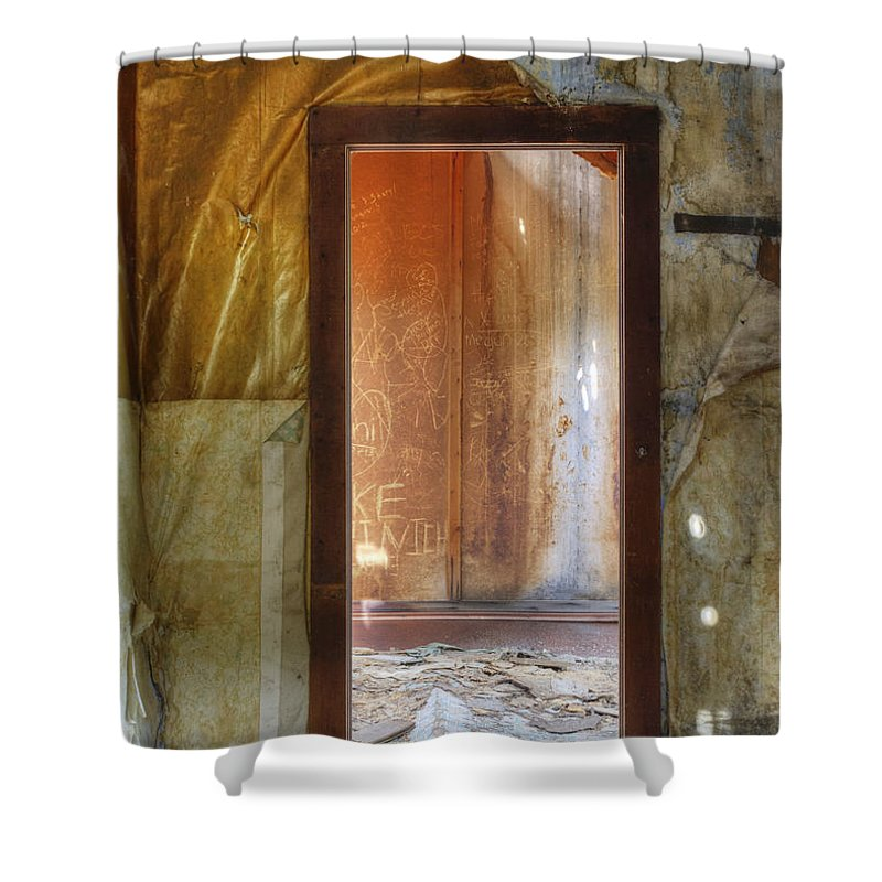 Abandoned Shower Curtain featuring the photograph Room To Rent by Juli Scalzi