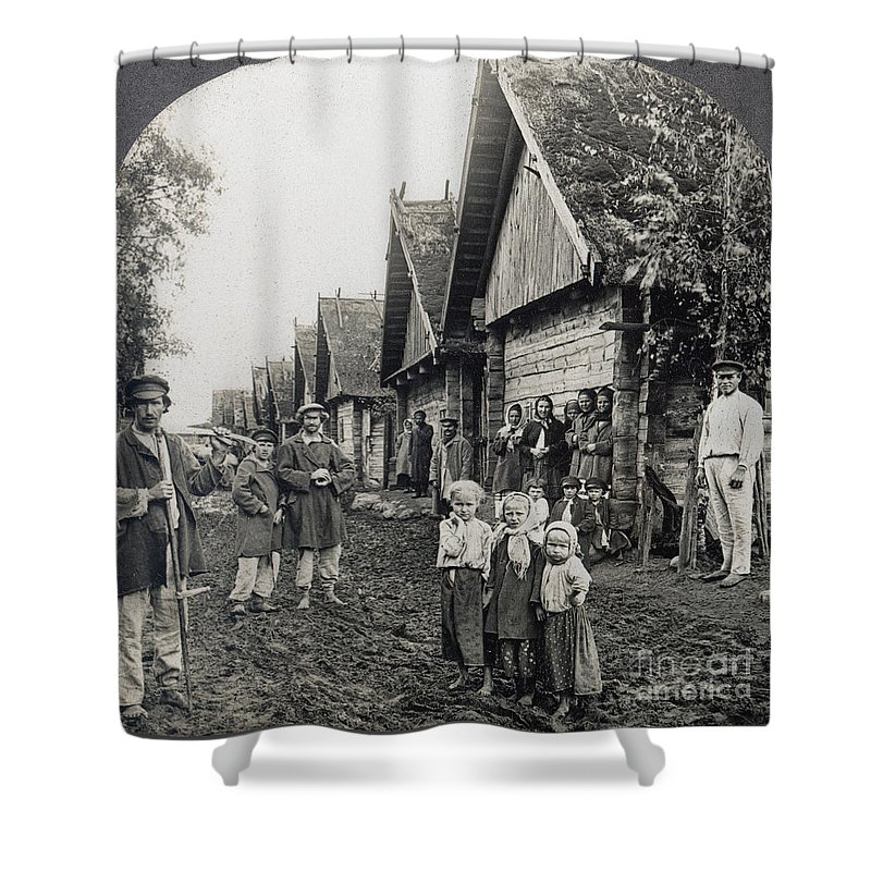 1900 Shower Curtain featuring the photograph Russia: Peasants by Granger