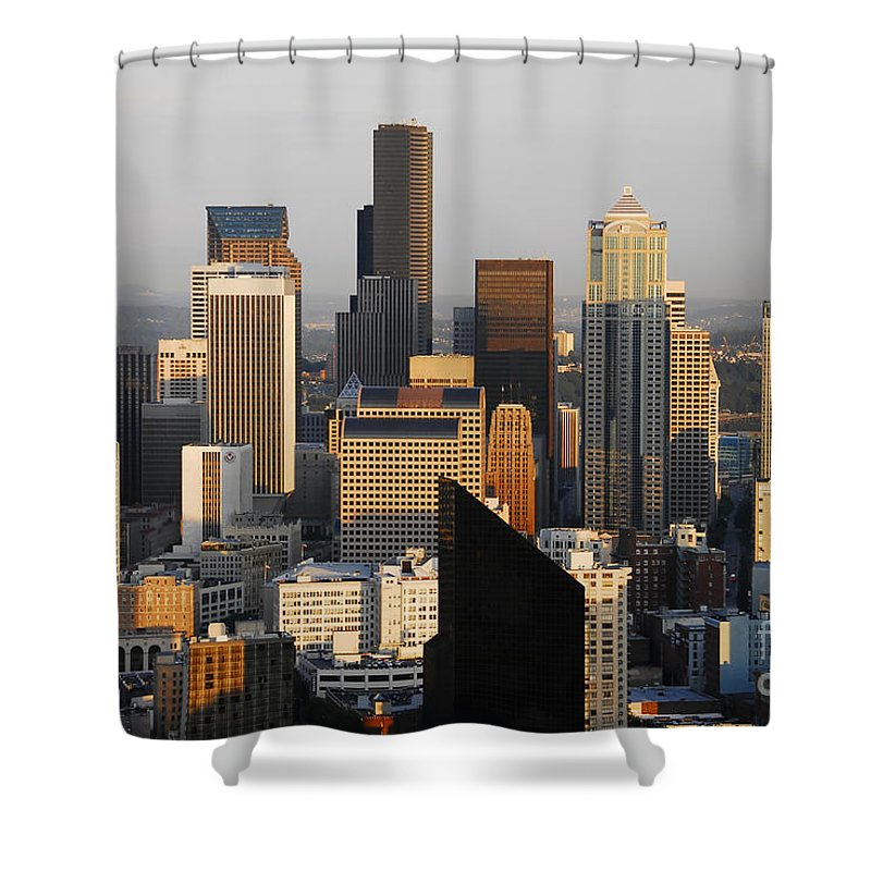 Seattle Washington Shower Curtain featuring the photograph Seattle by David Lee Thompson