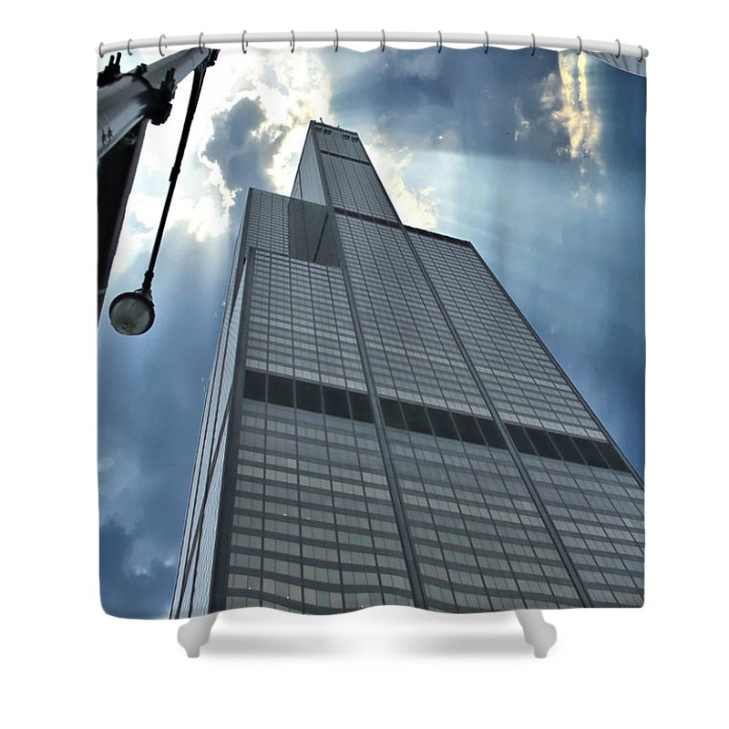 Willis Tower Shower Curtain featuring the photograph Willis Tower by Jeff Dekanich