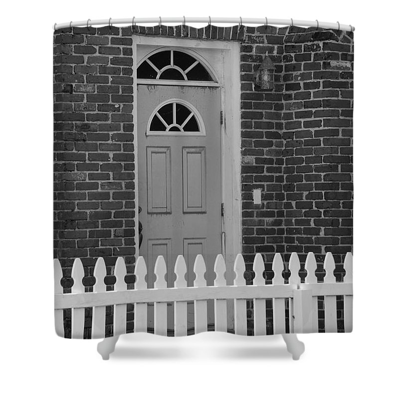 Black And White Shower Curtain featuring the photograph Side Door by Rob Hans