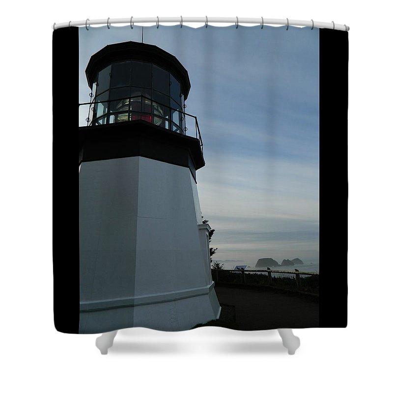 Oregon Shower Curtain featuring the photograph Sideview by Gallery Of Hope