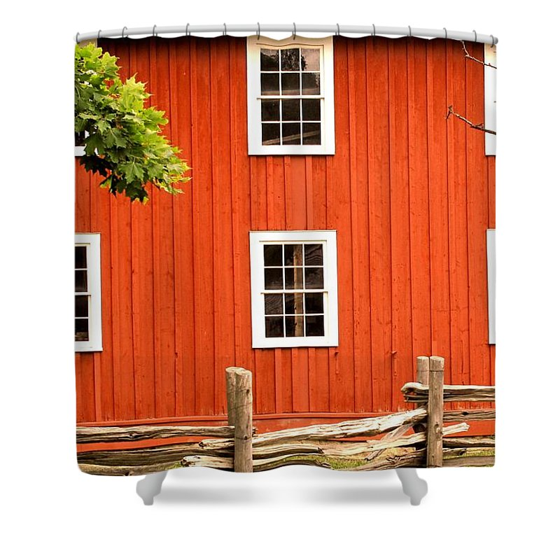 Red Wall Shower Curtain featuring the photograph Six Windows by Ian MacDonald