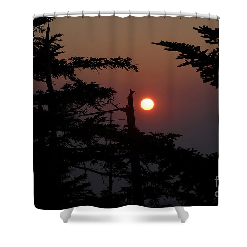 Smoky Mountain National Park Shower Curtain featuring the photograph Smoky Mountain Sunset by David Lee Thompson