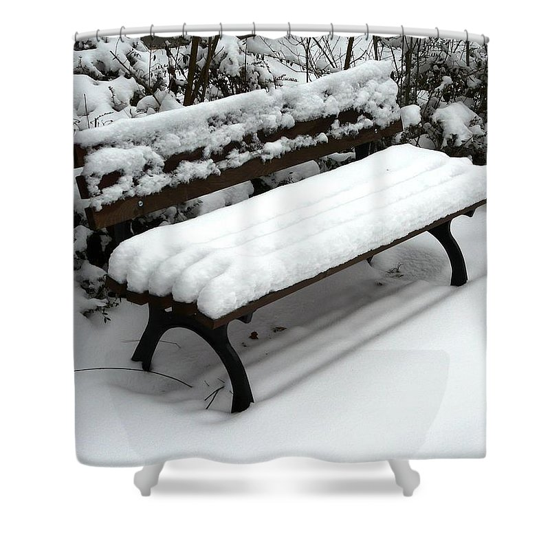 Snow Shower Curtain featuring the photograph Snow Bench by Valerie Ornstein