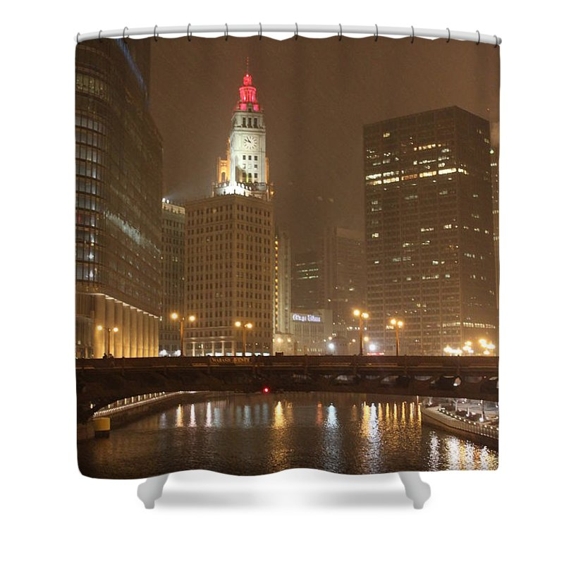 Chicago Shower Curtain featuring the photograph Snowy Night In Chicago by Lauri Novak