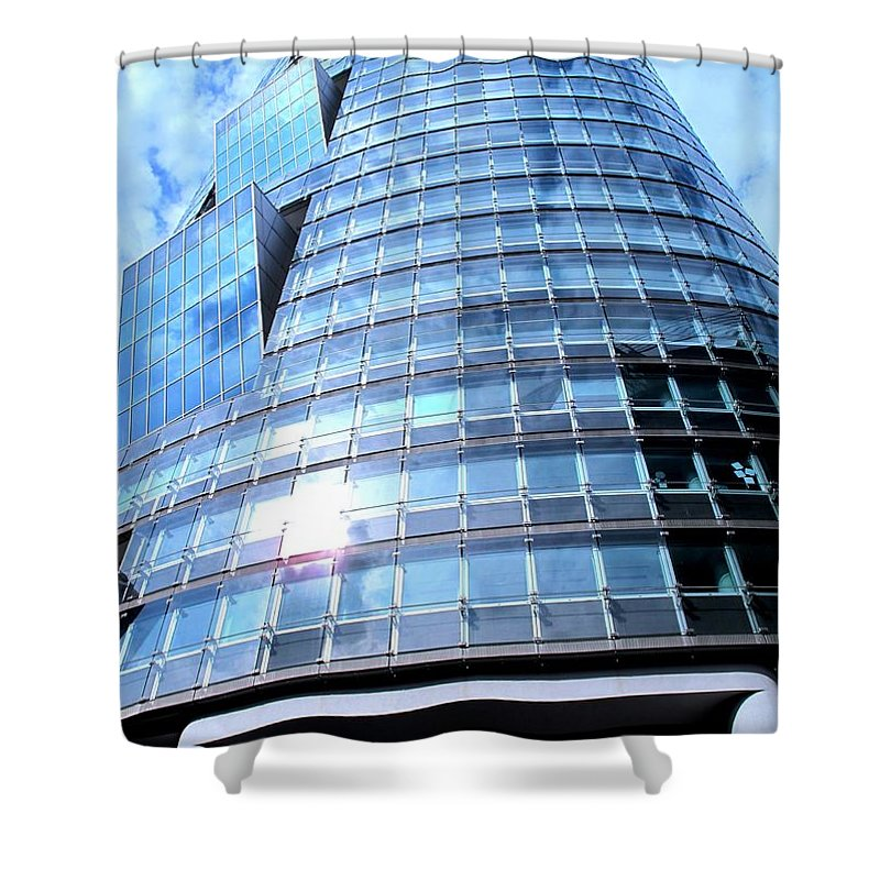 Vienna Shower Curtain featuring the photograph Soaring by Ian MacDonald