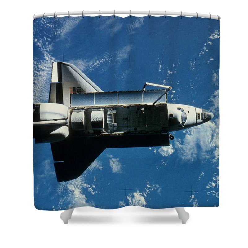 Challenger Shower Curtain featuring the photograph Space Shuttle Challenger by Granger
