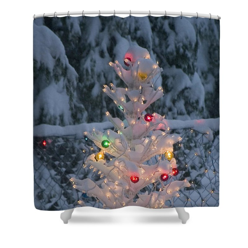 Christmas Shower Curtain featuring the photograph Sparkly Tree by Jim And Emily Bush